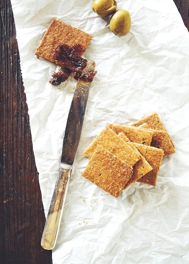homemade gluten free rosemary crackers | heartbeetkitchen