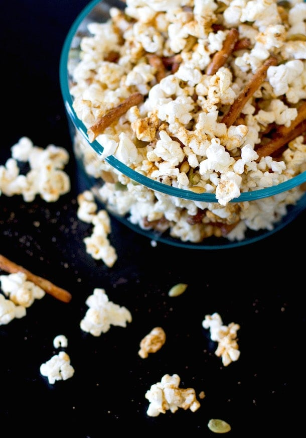Hickory Smoked Cheddar Quinn Popcorn with Pretzels & Pepita Seeds