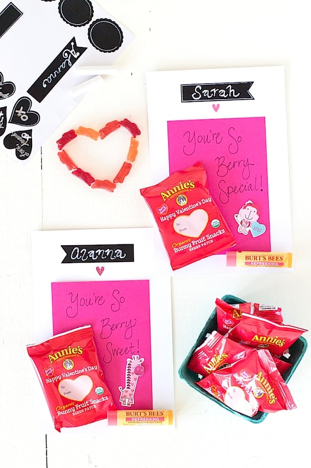 Organic Fruits Snacks + a Berry Special Valentine's Day Card for kids!