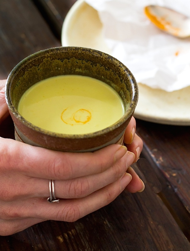 Soothing Turmeric Milk | anti-inflammatory, vegan