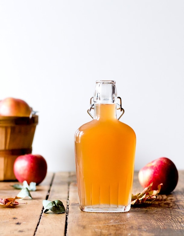 Apple Shrub recipe {to preserve fall apples}