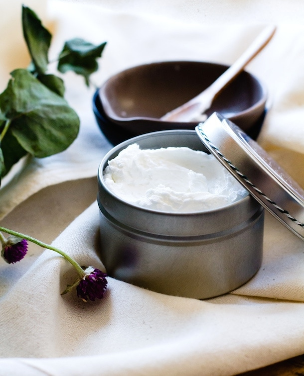 DIY Hand Repair Cream (with just 4 ingredients, natural skincare)