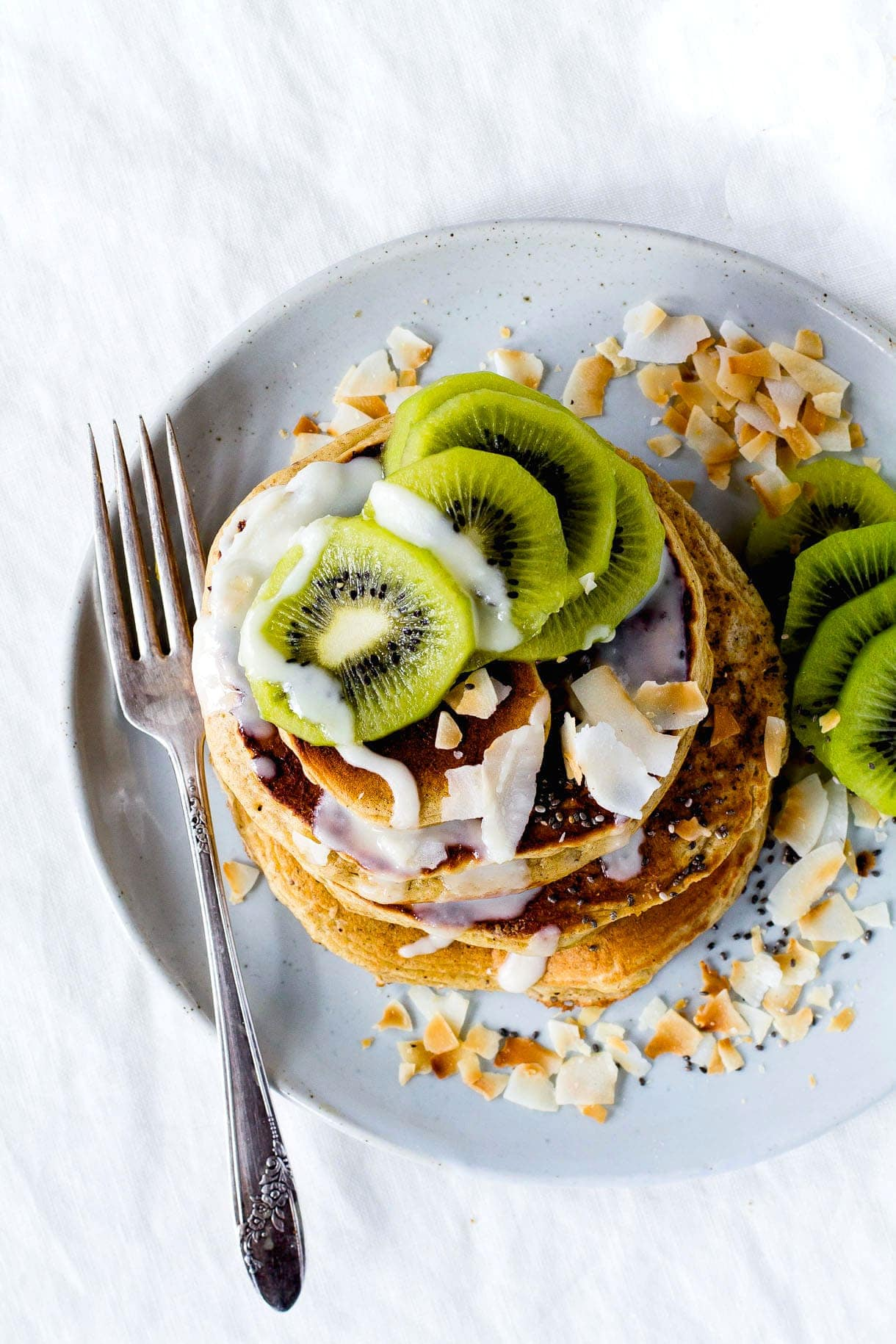 Fluffy Gluten-Free Pancakes with Coconut Butter & Kiwis (made in the blender)
