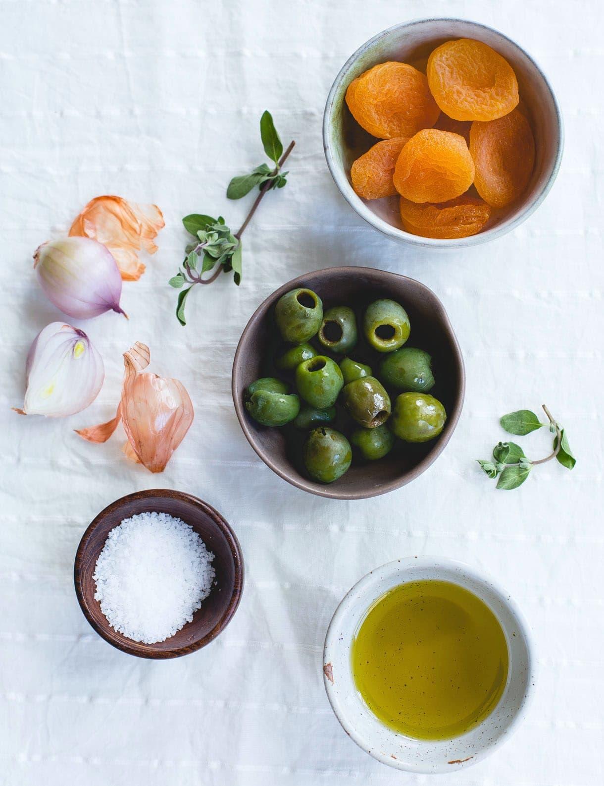 The Unassuming Baby Kale Salad ~ ingredients