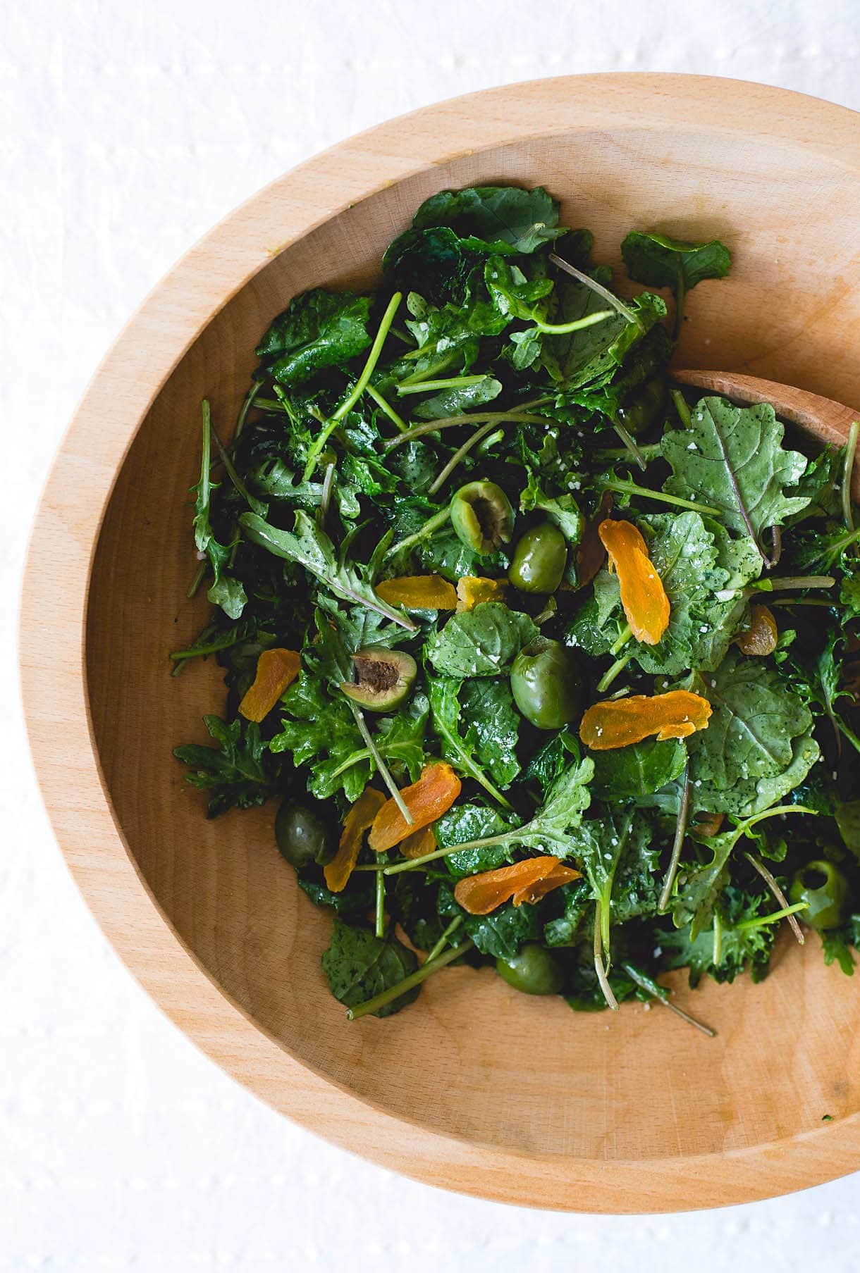 Amazing Baby Kale Salad with Shallot Vinaigrette {paleo, vegan}