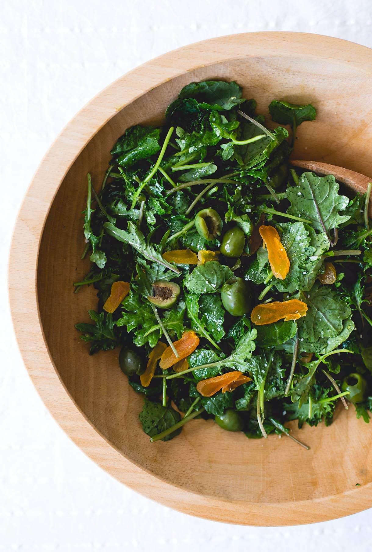 Amazing Baby Kale Salad with Shallot Vinaigrette {paleo, vegan}