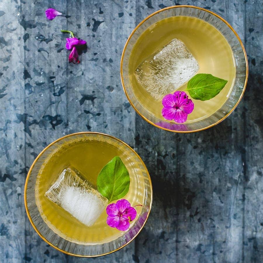 Kombucha Cocktail Featured