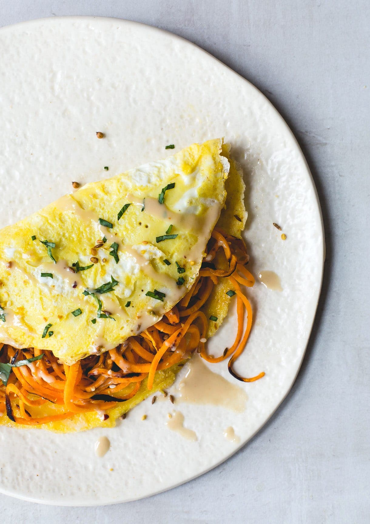 Two Egg Omelet with Spiralized Sweet Potatoes {paleo}