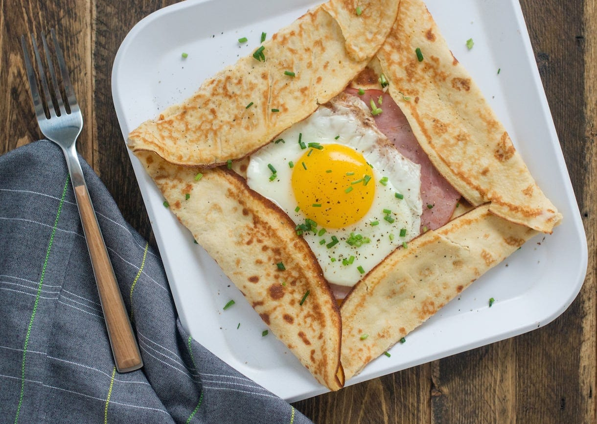 Ham & Egg Crepe Pockets {with extra boost from collagen}