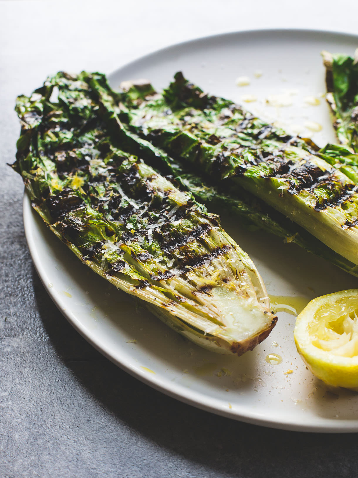 Grilled Romaine Lettuce Salad on a plate ~ easy vegetarian grilling recipe with how to video