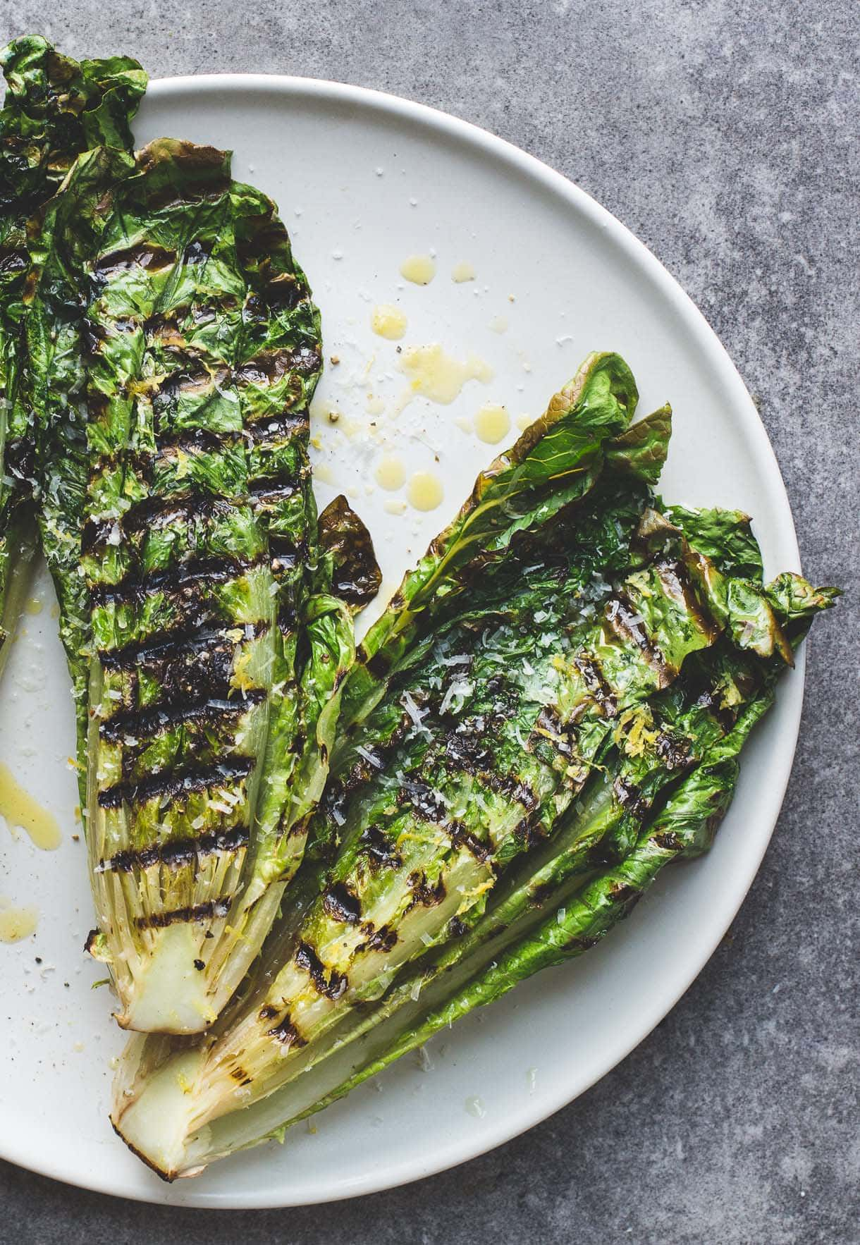 How to Grill Lettuce {video} + Simple Italian Grilled Romaine Salad ...