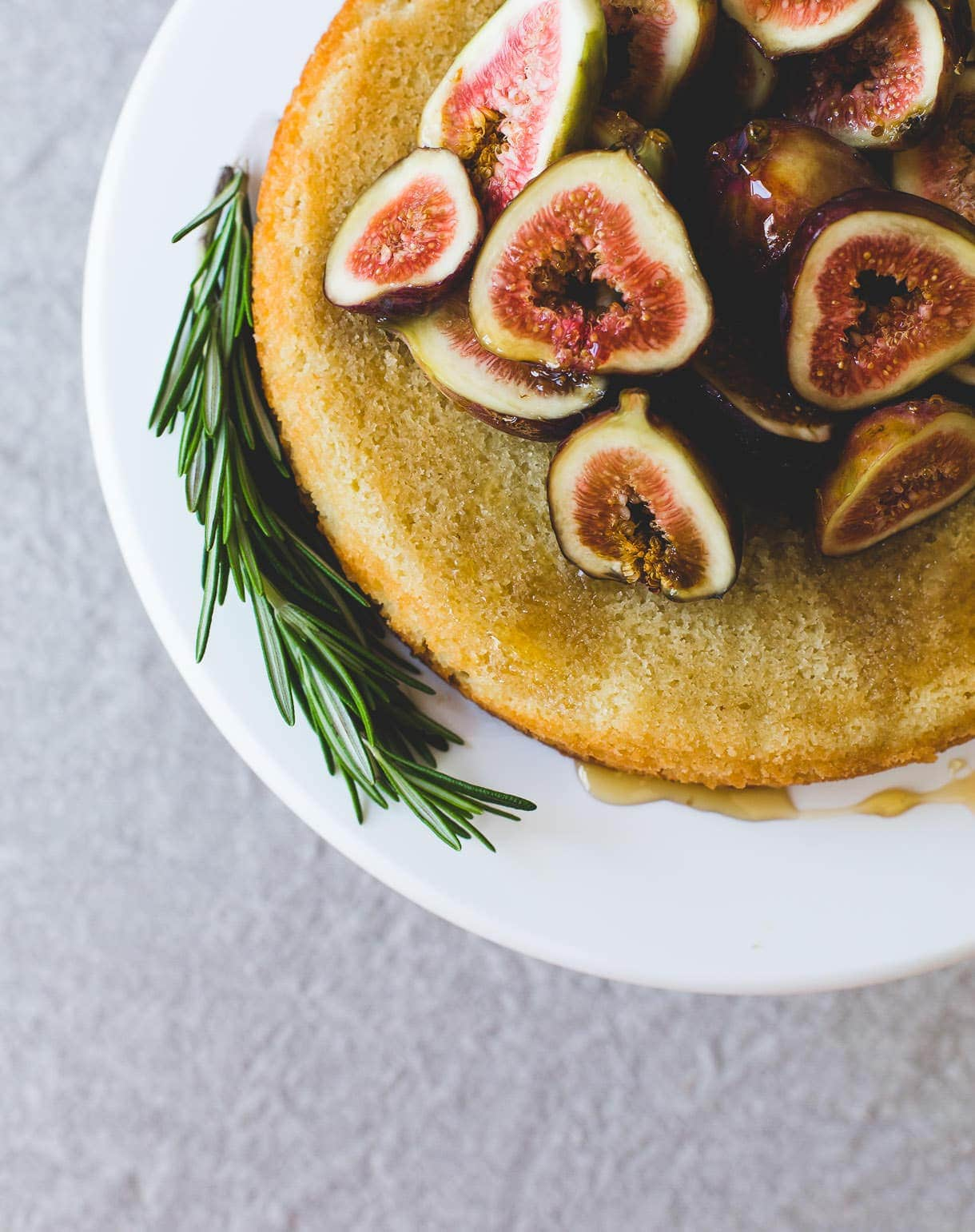 Honey Fig Almond Cake {naturally gluten-free}