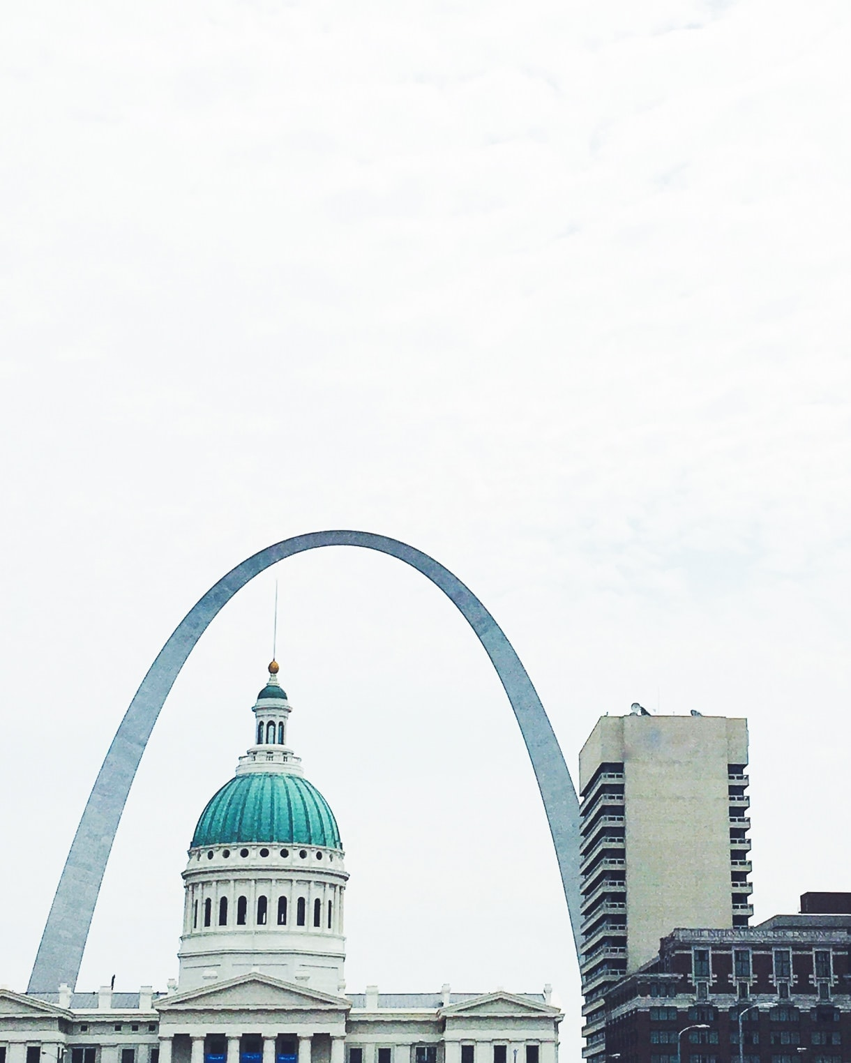 saint louis arch skyline