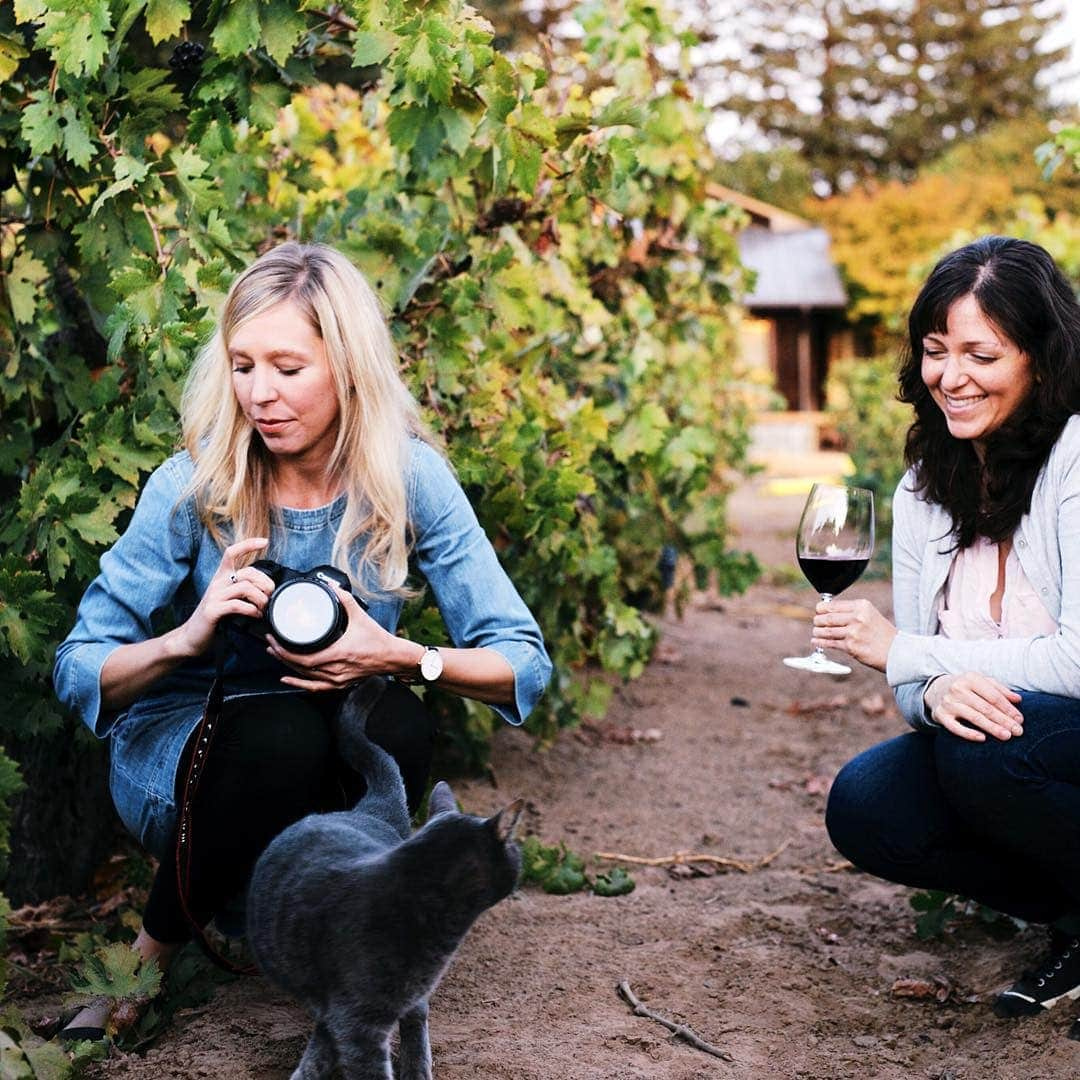 emma-and-alanna-in-wine