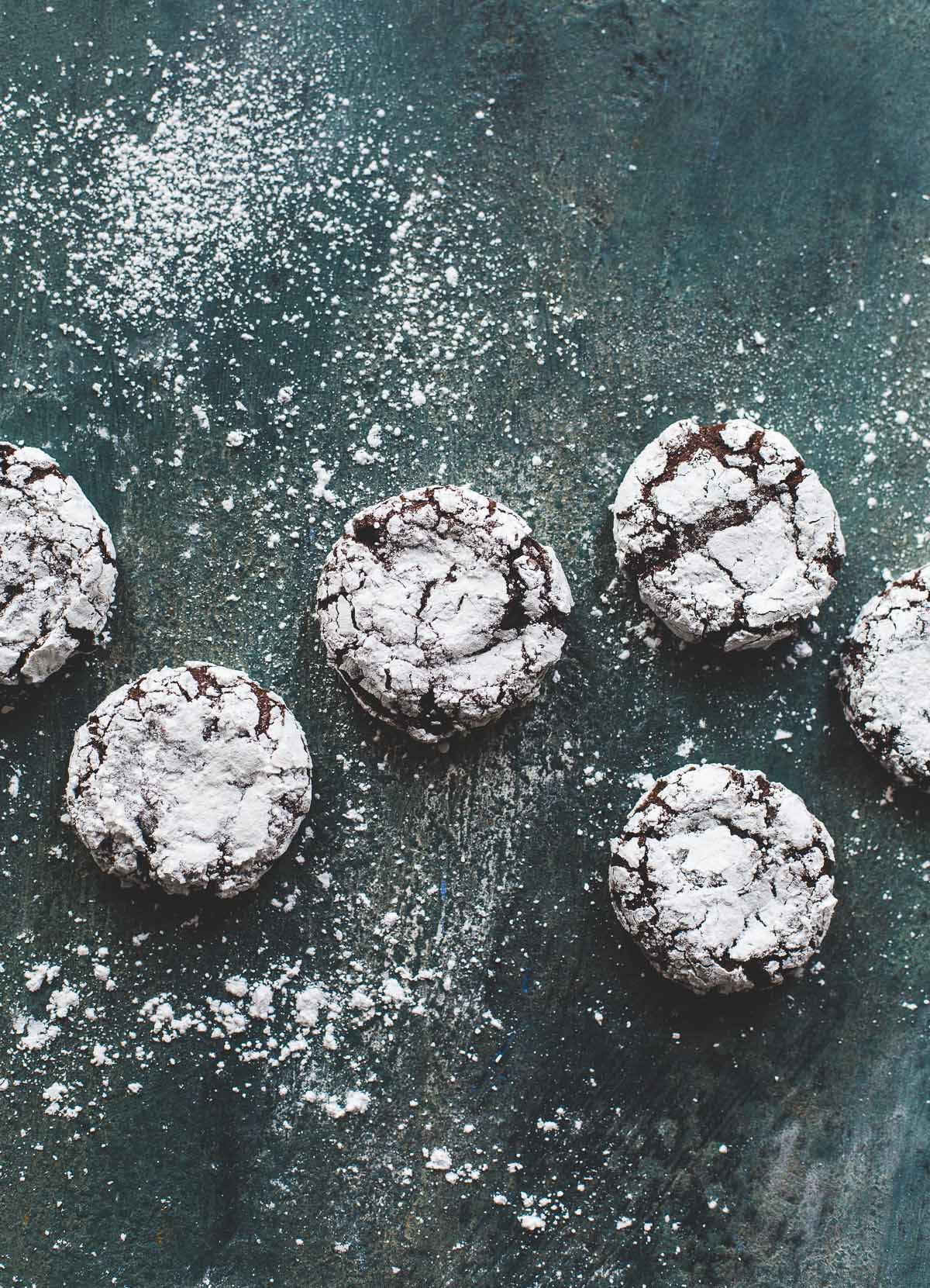 Fudgy Peppermint Chocolate Crinkle Cookies {made with teff flour, gluten-free, gum-free}