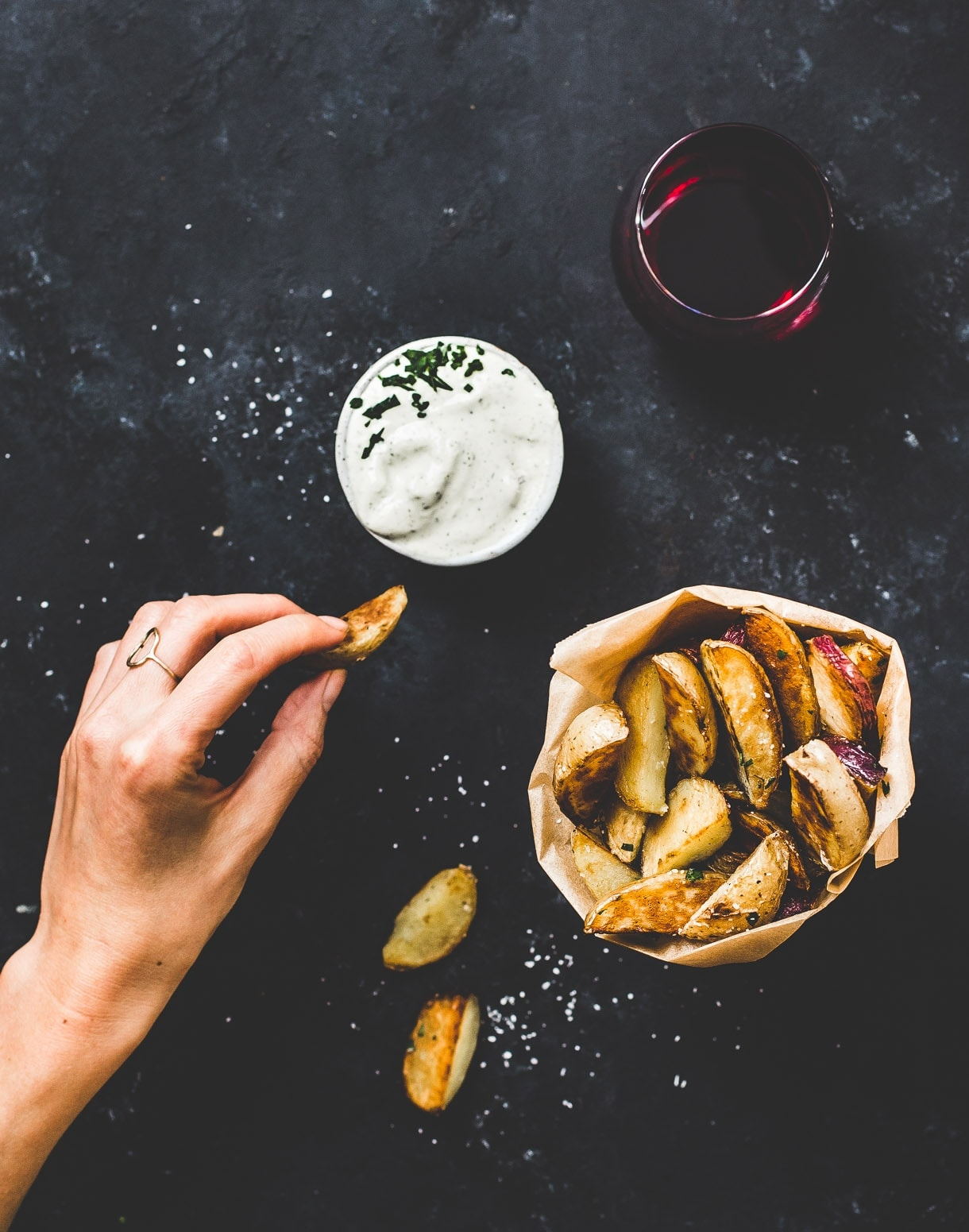 Extra Crispy Potato Wedges without a fryer, Made For Dipping