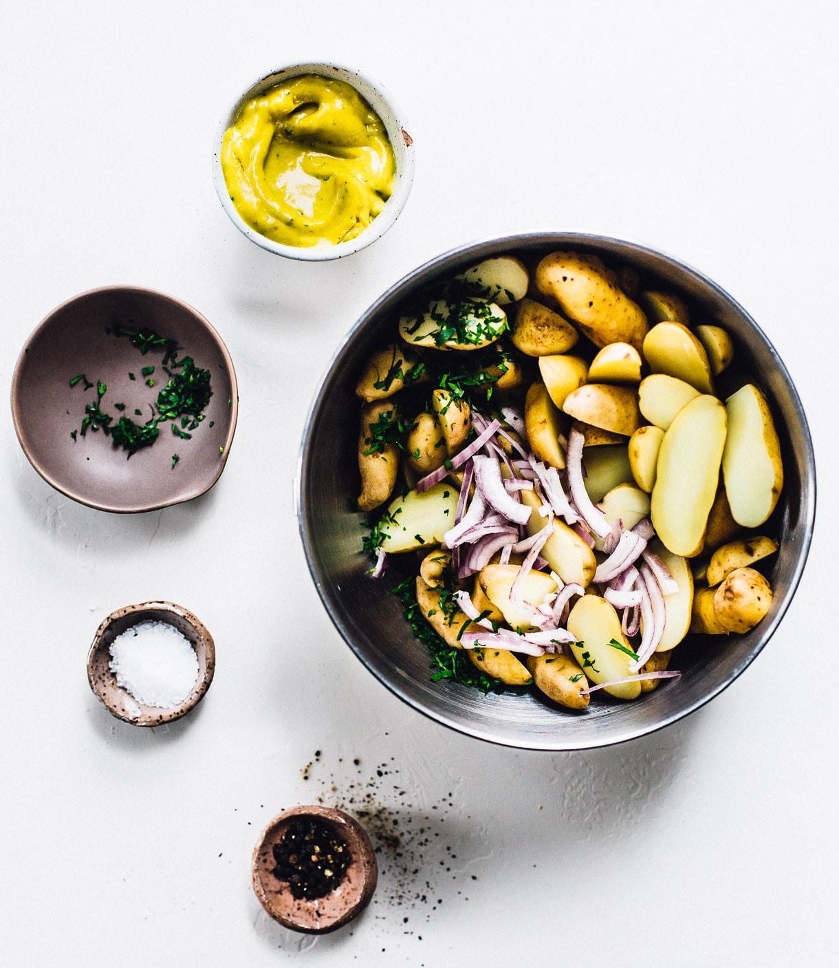 Sunshine Turmeric Potato Salad // fingerling potato salad // vegan potato salad