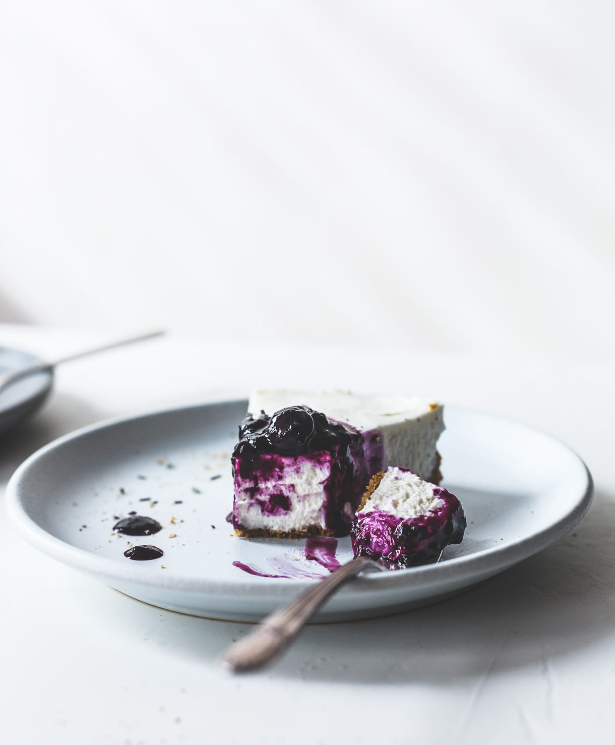 No-Bake Blueberry Lavender Cheese with gluten-free crust