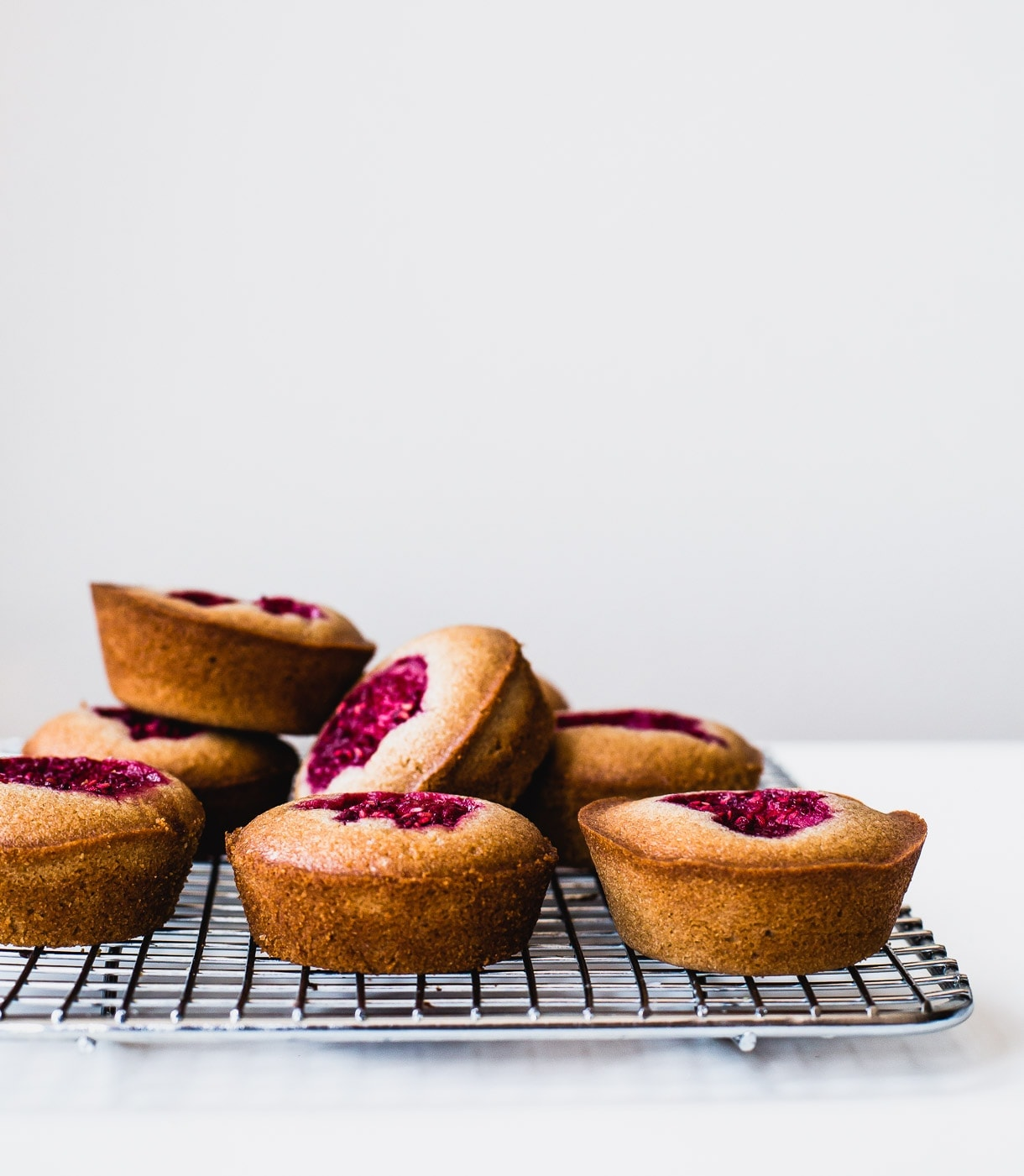 Gluten-Free Raspberry Financiers (mini cakes, cakelets. made with almond flour + teff flour)