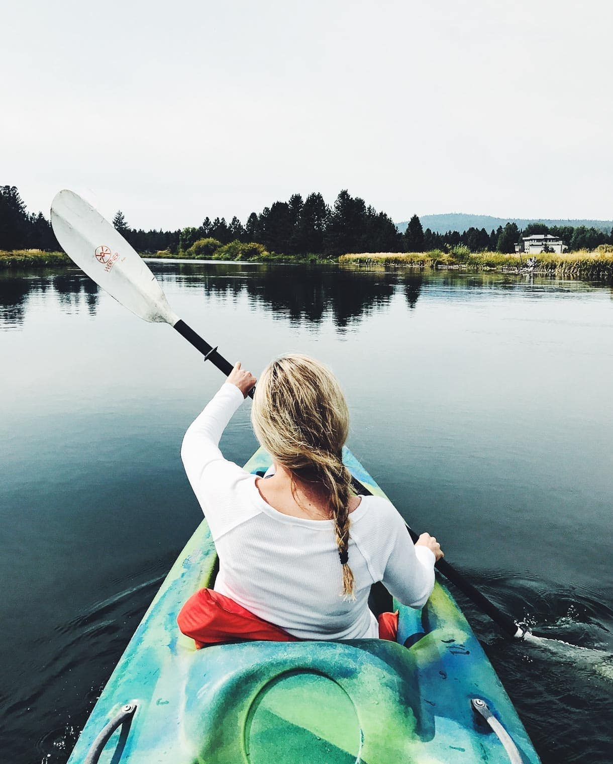 kayaking on the Deschutes River
