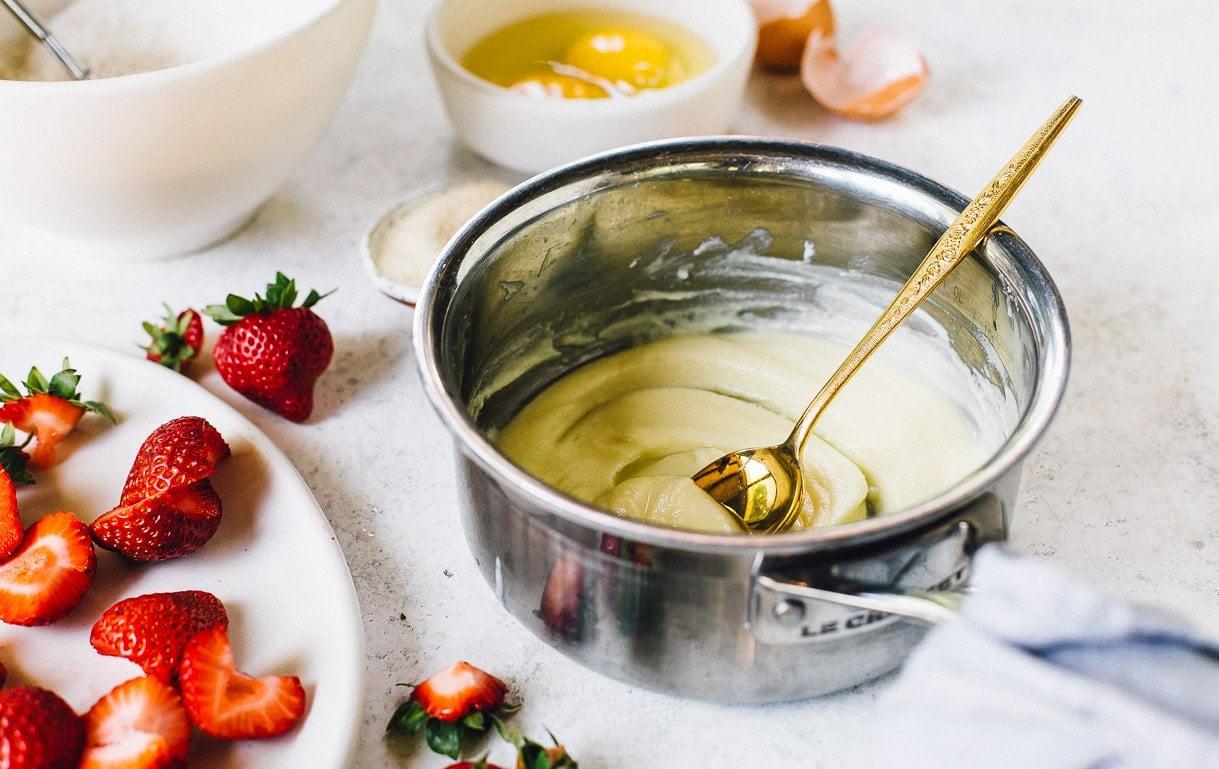 strawberry blondie bar recipe ingredients