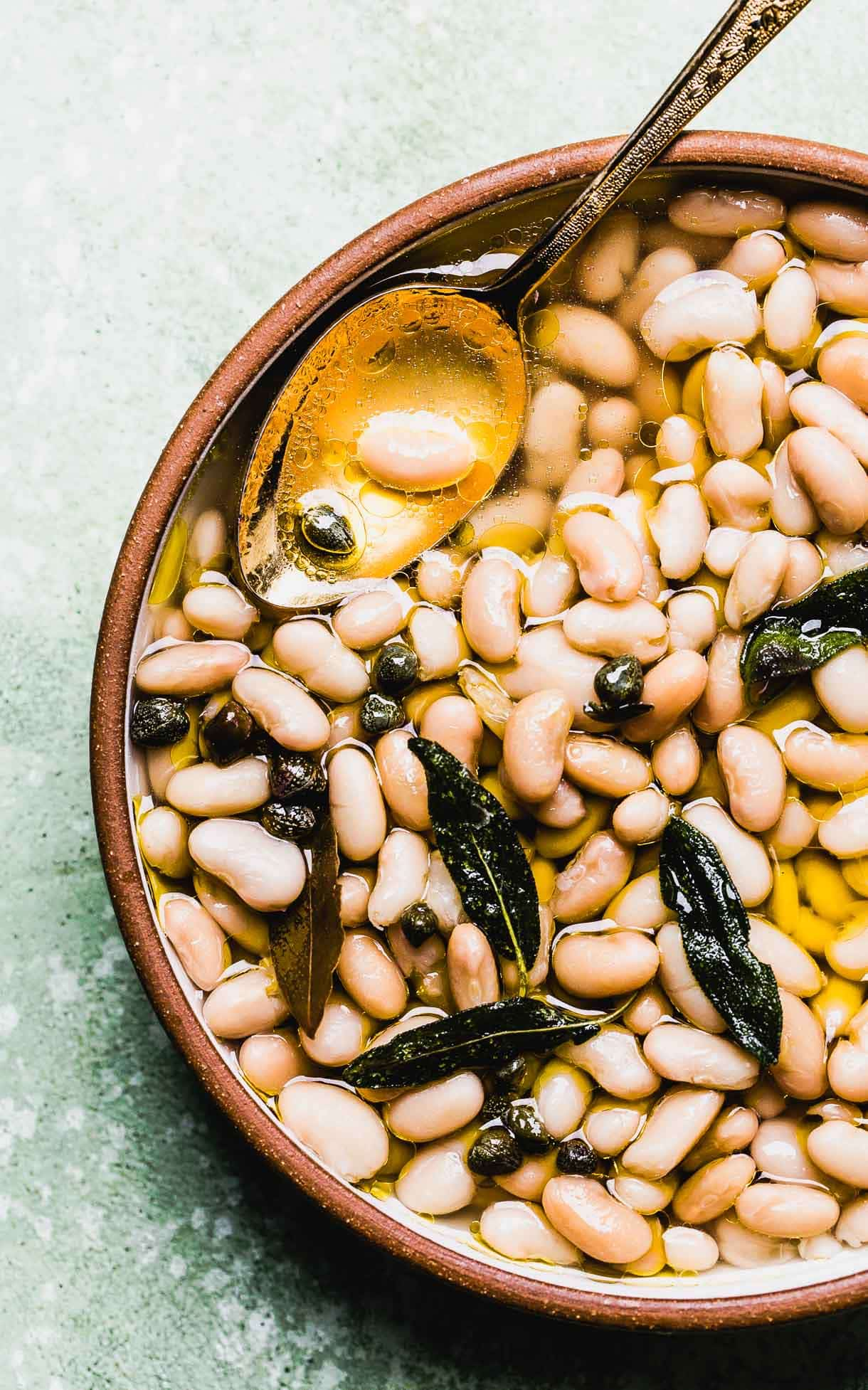 Instant Pot White Beans // Tuscan White Beans