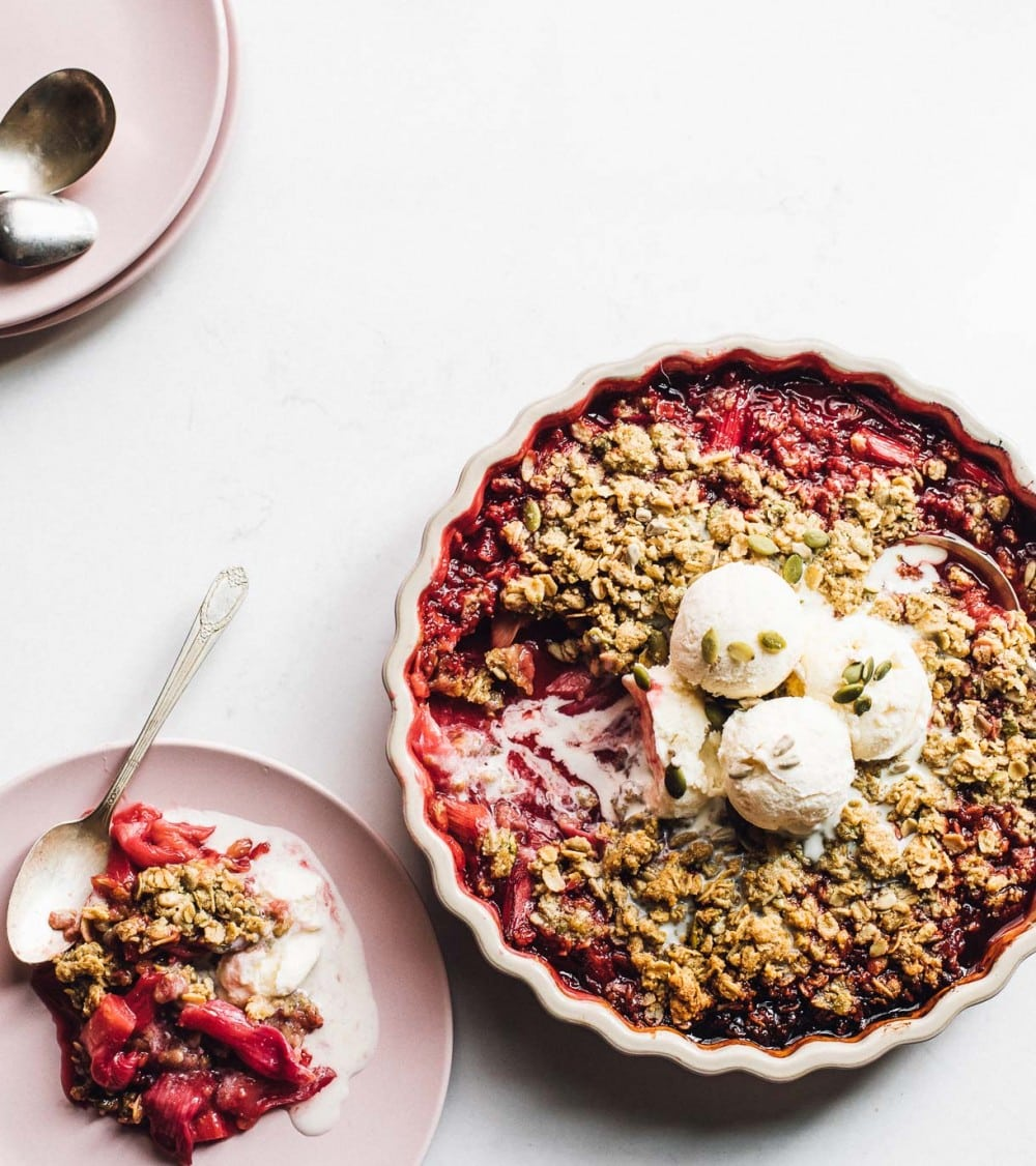 rhubarb crisp with vanilla ice cream